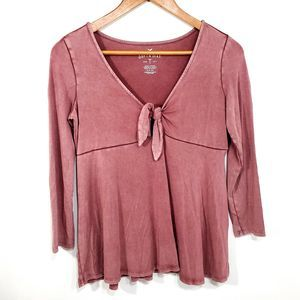 American Eagle Soft & Sexy V Neck 3/4 Sleeve Top